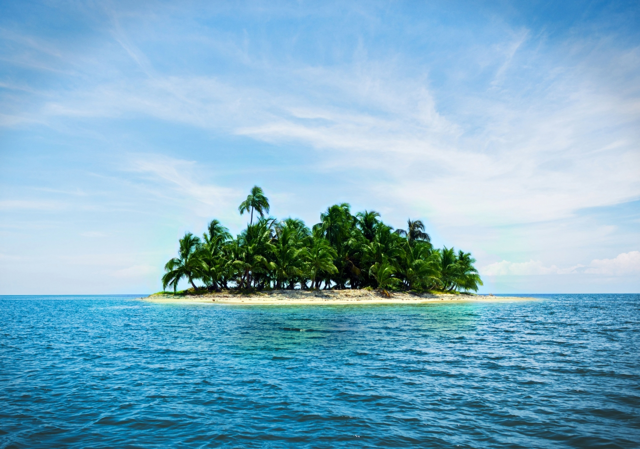 Small island with palms, Caribbean