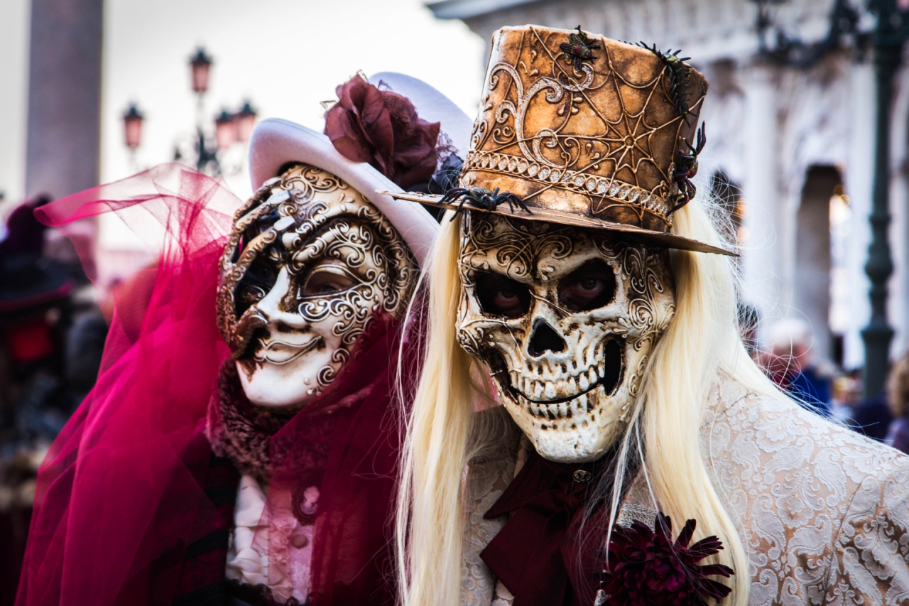 People in masks during the Venice carnival